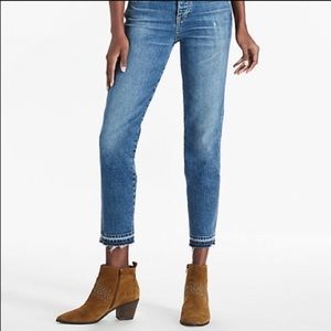 Lucky brand raw hem ankle jeans size 6/28